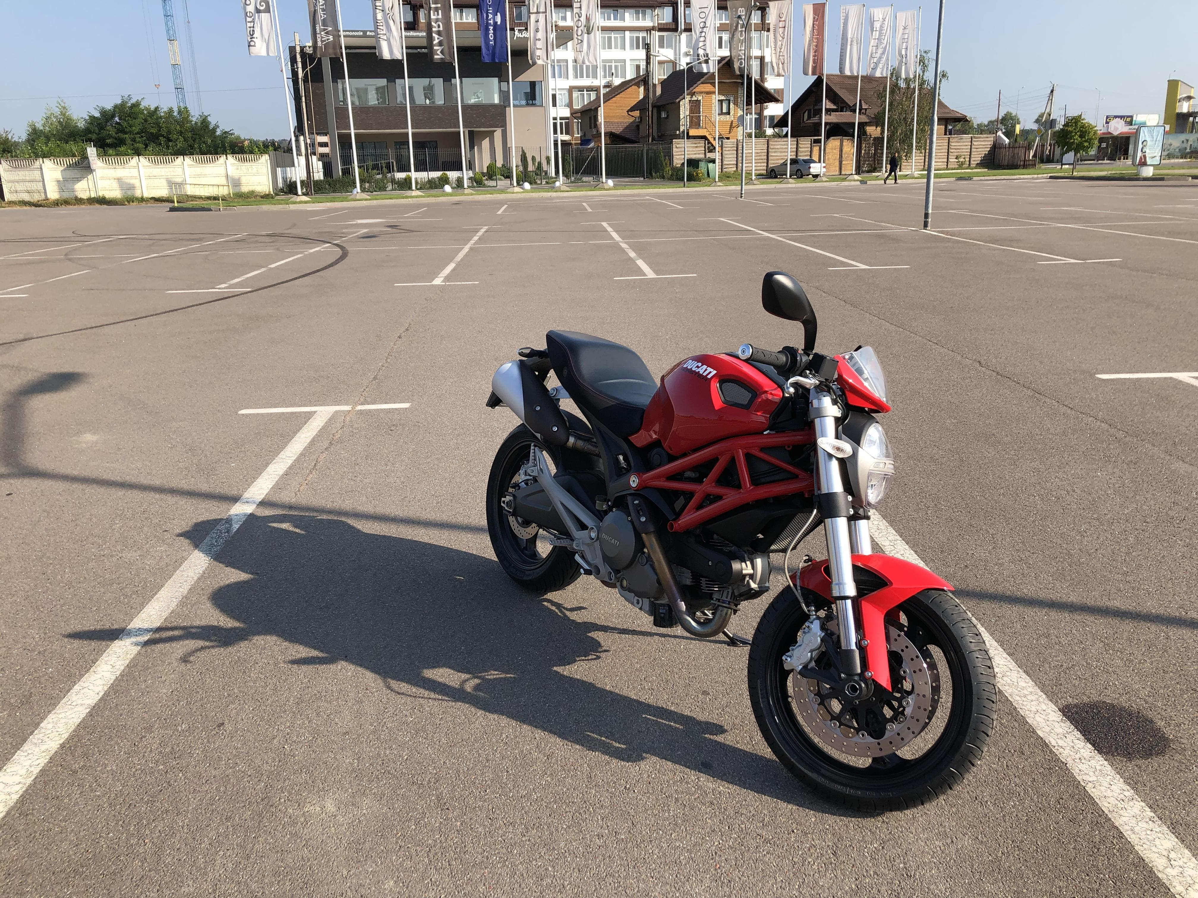 Ducati Monster 696 for rental